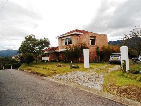 Finca Recreativa en Sector Fizebad,  Retiro,  145000